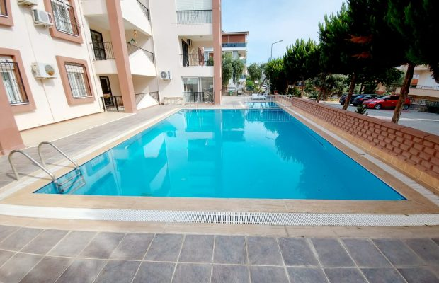 3 bedroom penthouse in walking distance to Altinkum Beach