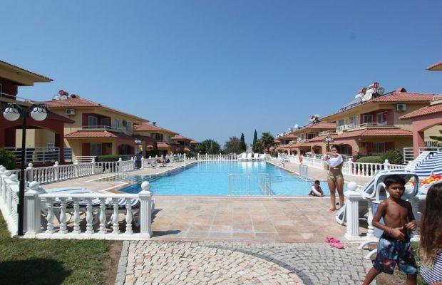 Seafront complex – 3 bedroom villa in Mavişehir
